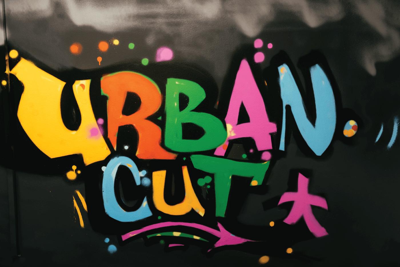 Urban Graphity design interior salon frizerie urban cut Bucuresti