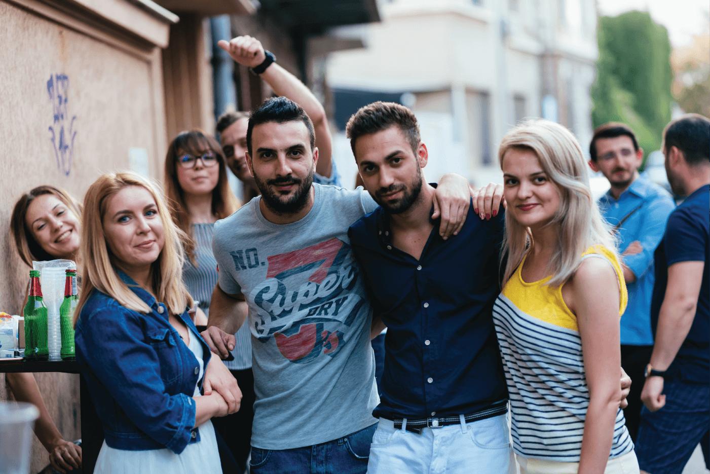 invitati petrecere salon frizerie Urban Cut iulie 2018